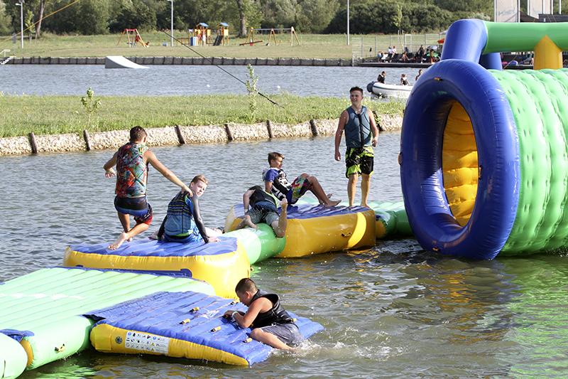 Vízi Kalandpark Pécs - Central Wakeboard Park